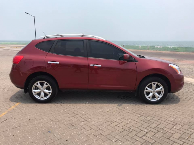 SUV for sale in Belize: 2010 Nissan Rogue SL