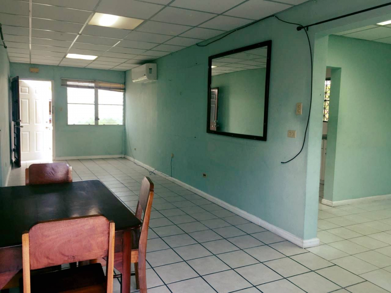 FOR RENT: 2 Bedroom 1 Bath Lower Flat in King's Park, Belize City