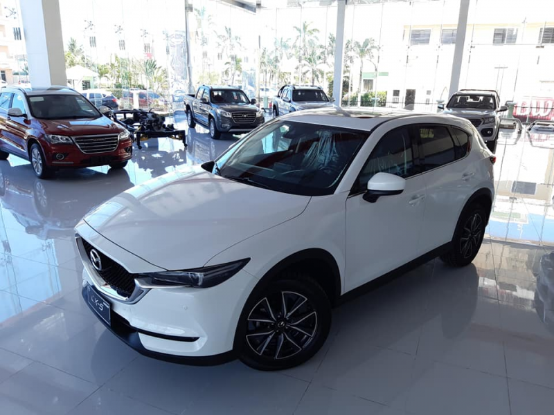 NEW 2018 Mazda CX-5 compact SUV - last one in stock