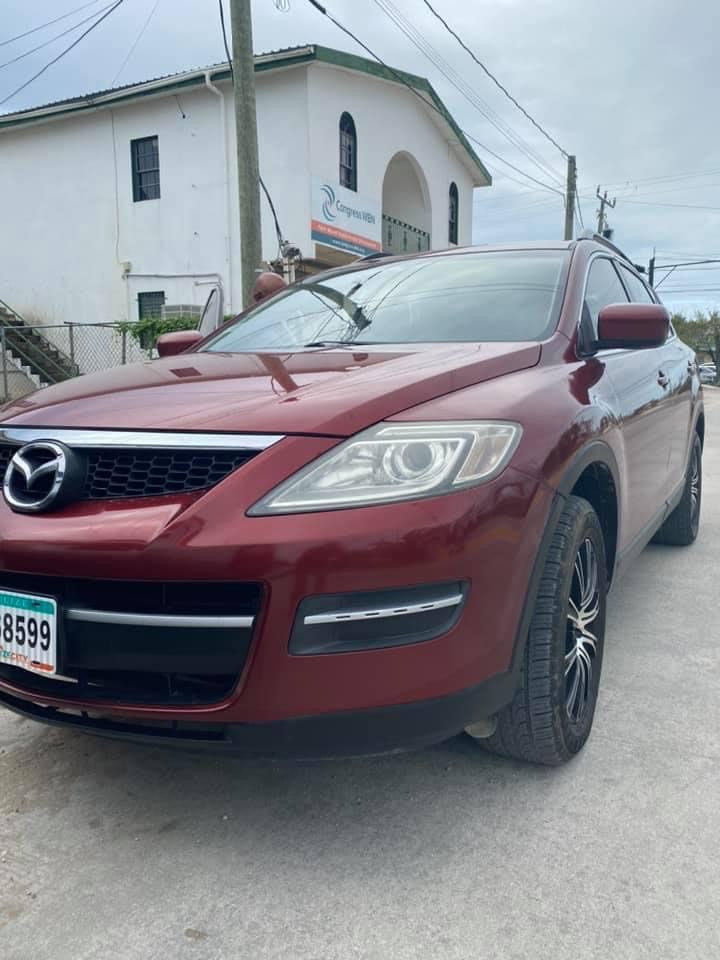 Well-kept 2008 Mazda CX-9