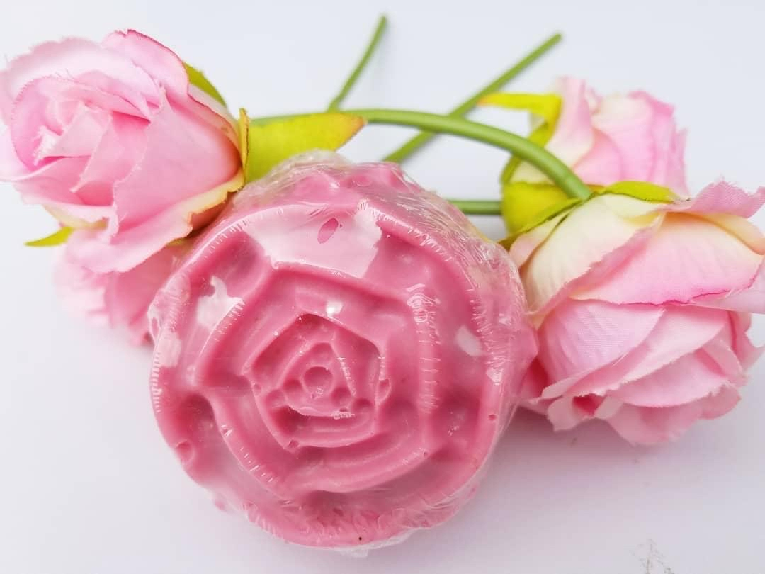 Valentine's Day roses - handmade beauty bars