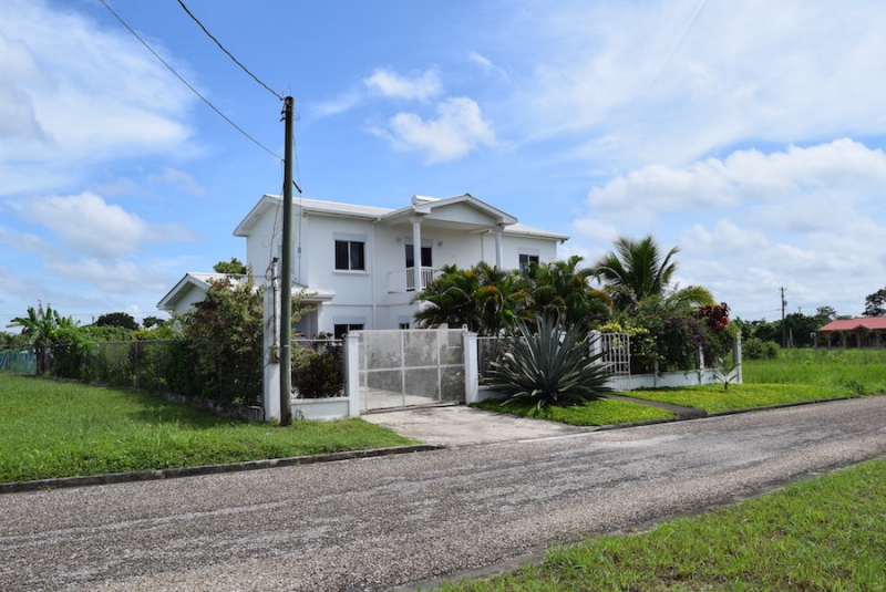 Lovely Two-Storey 2 Bed 2 Bath Home for Sale
