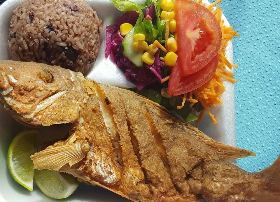 Freshly fried Belizean style! Get whole fried fish in Belize City