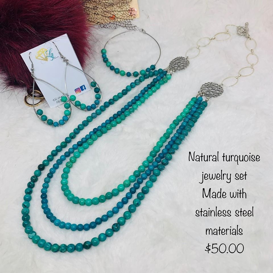 Natural torquoise jewelry set made in Belize
